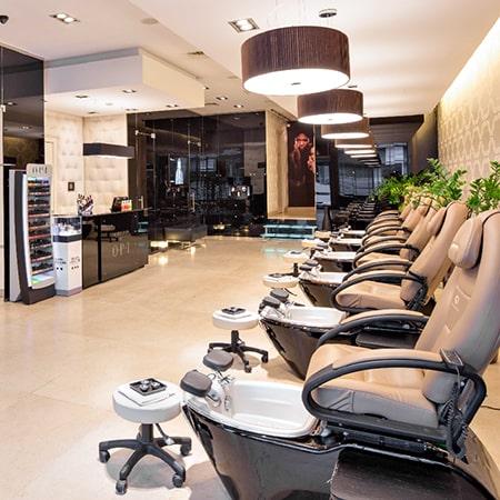 Pedicure-spa-salon-1